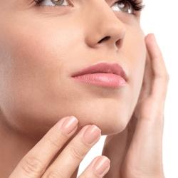 あらゆる肌悩みに効果を発揮するビタミンC