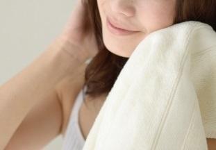 肌に必要なヒアルロン酸、スキンケアにどう生かす?